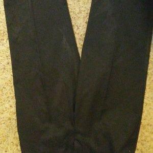 Pink skort very nice material and black dress capr